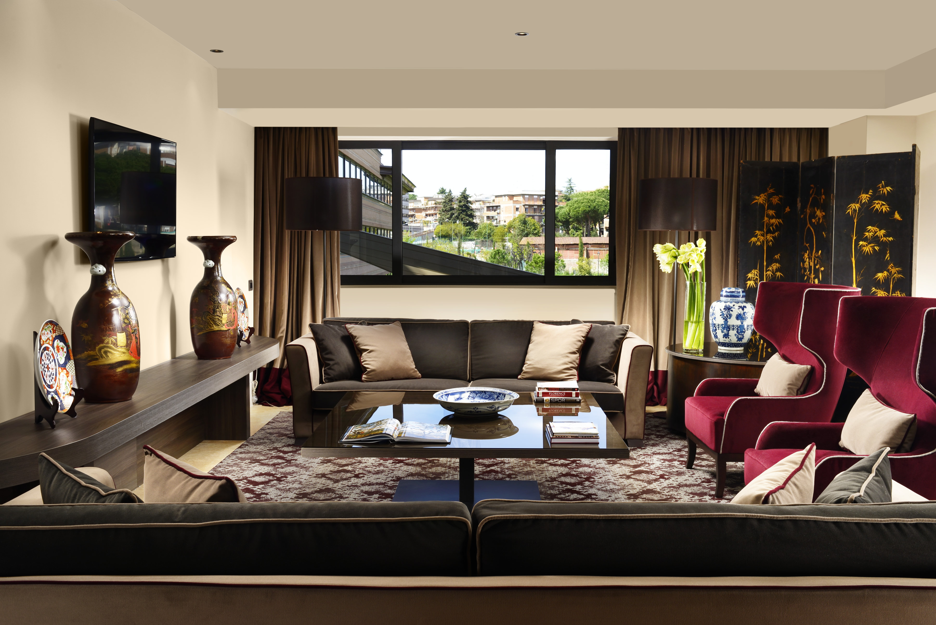 AROMA_Suite_Presidential_living_A4