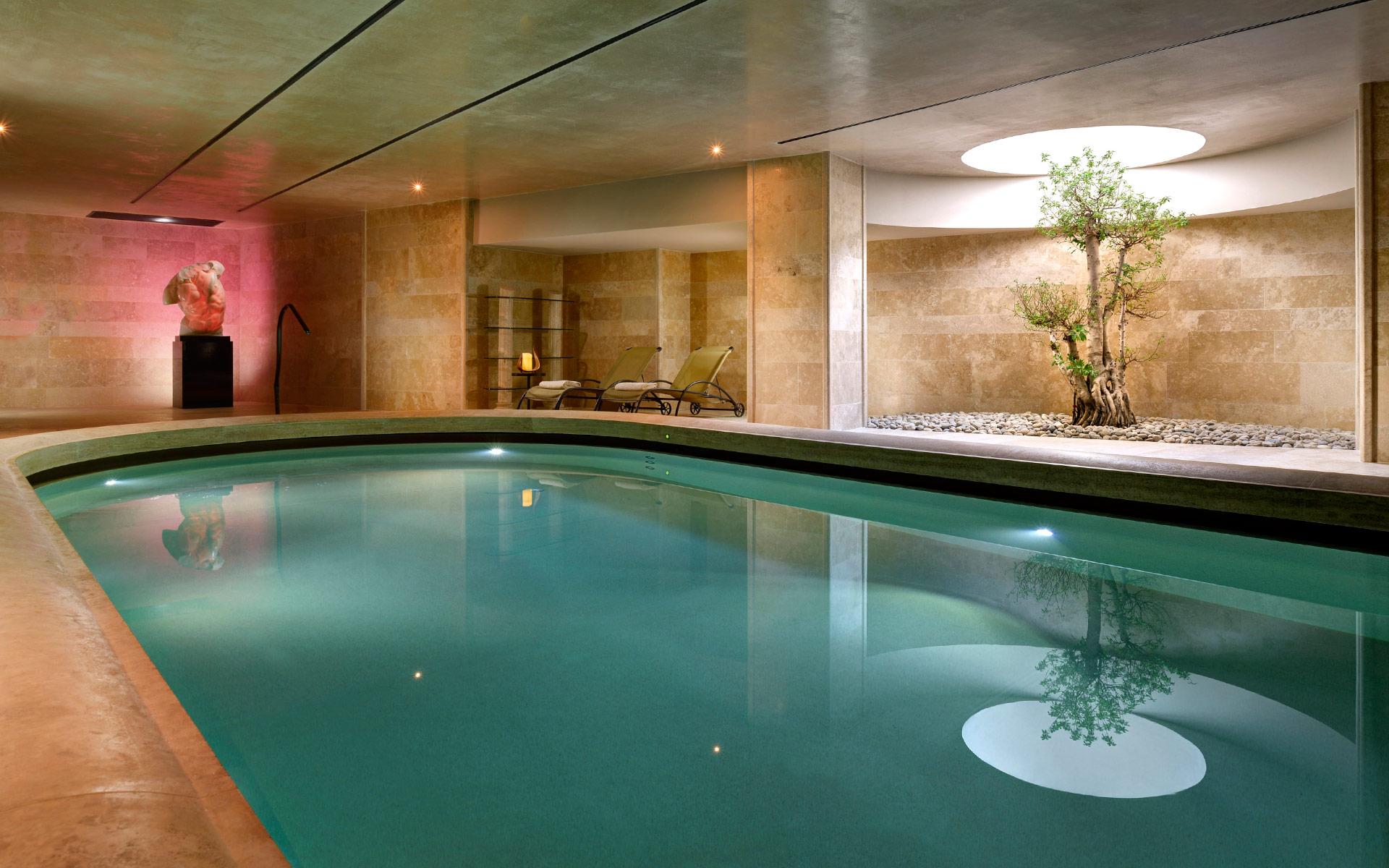 AROMA_Wellness-and-Spa_Pool