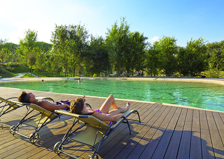A.Roma-Lifestyle-Hotel-Swimming-Pool-Outdoor